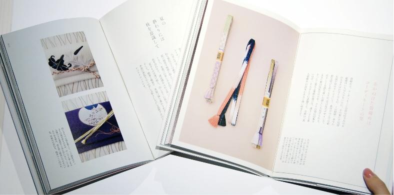 内容を整理し商品の良さが伝わるよう制作を進めていく通販カタログ・ブランドブックデザイン事例その1